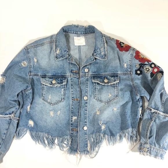 8baafa40 Zara crop denim jean jacket floral size Medium #9.  M_5b9a019634a4ef52a04eedf0